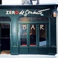 Un bar dans Paris où l'on retombe en enfance.