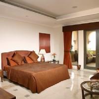 Villa de luxe avec gouvernante et voiturier