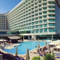 Pour le travail ou pour le repos, rendez-vous à Dubaï dans un de ses hôtels les plus luxueux !