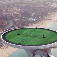Le terrain de tennis le plus haut du monde à Dubaï.