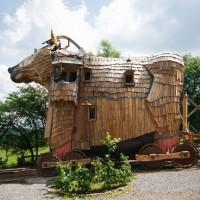 L'hôtel bizarre du Cheval de Troie