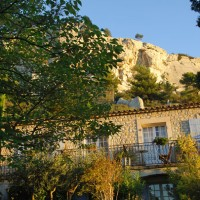 Hôtel troglodyte en Provence