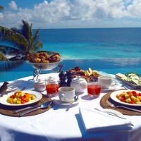 Une île déserte aux Seychelles qui n'abrite qu'un hôtel de luxe !